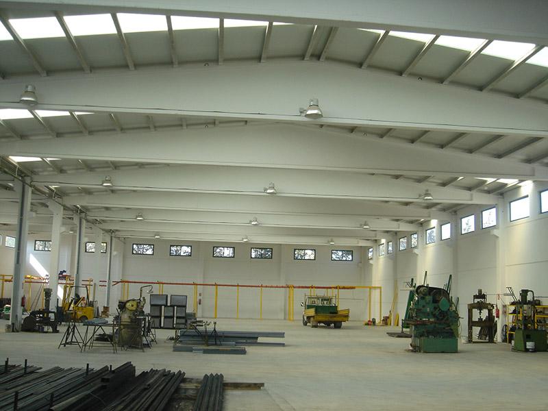 Paneles prefabricados de hormigon para naves materiales for Naves prefabricadas de hormigon precios