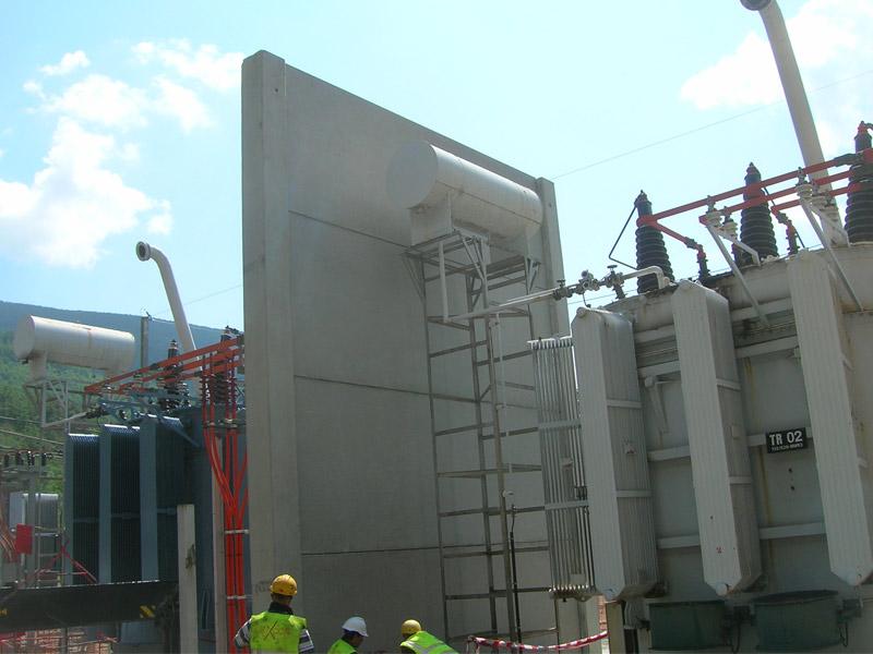 Pantallas prefabricadas para subestación eléctrica